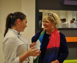 Absolwentka ZSG Alina Suder podczas wywiadu